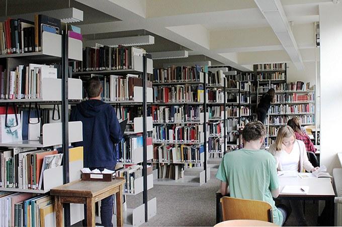 Bibliothek am KHI